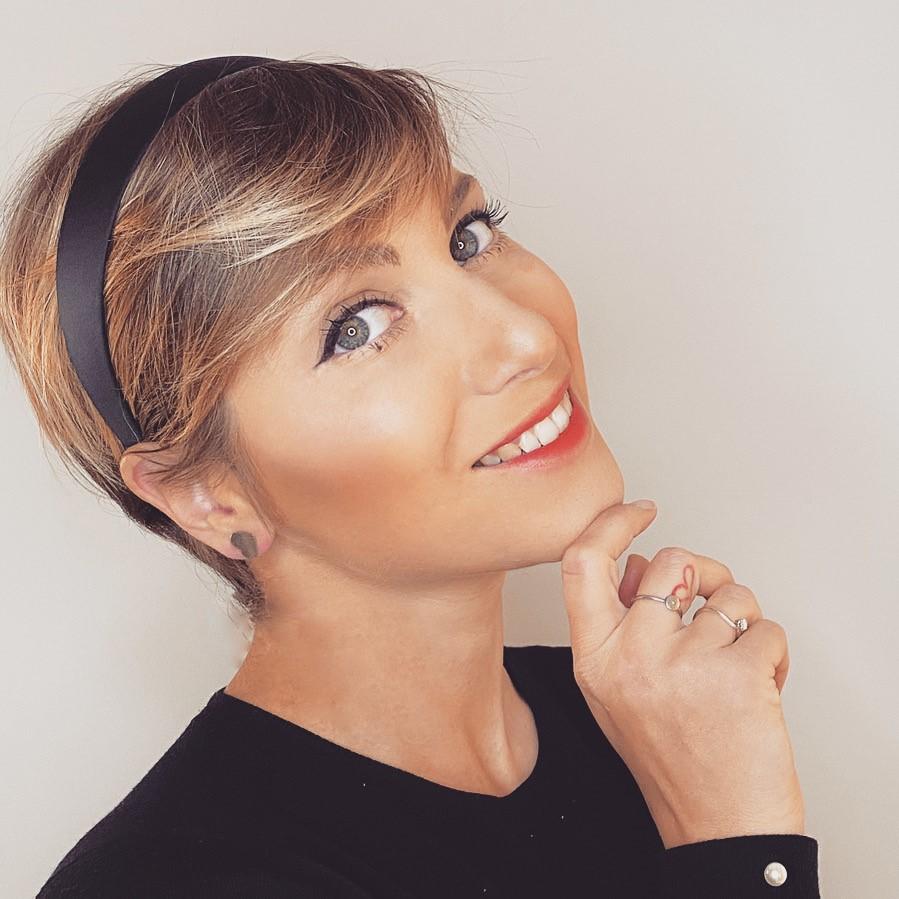 Samia Mofti